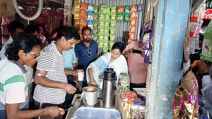 Mamata makes tea at a stall near Digha in East Midnapore on Wednesday