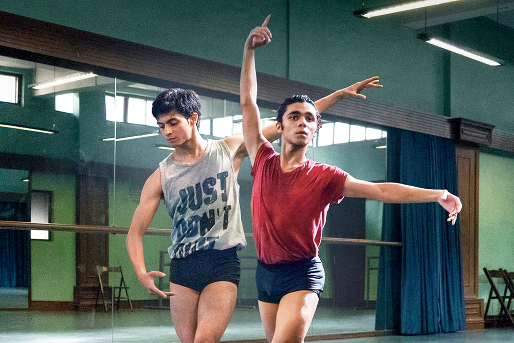 Achintya Bose (in red T-shirt) as Amir with Manish Chauhan as Nishu in 'Yeh Ballet', now streaming on Netflix