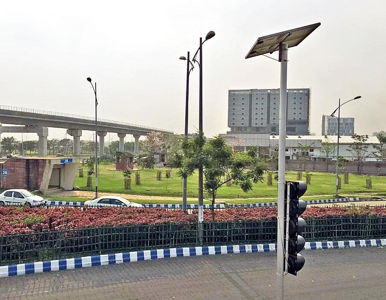 A smart street light in New Town