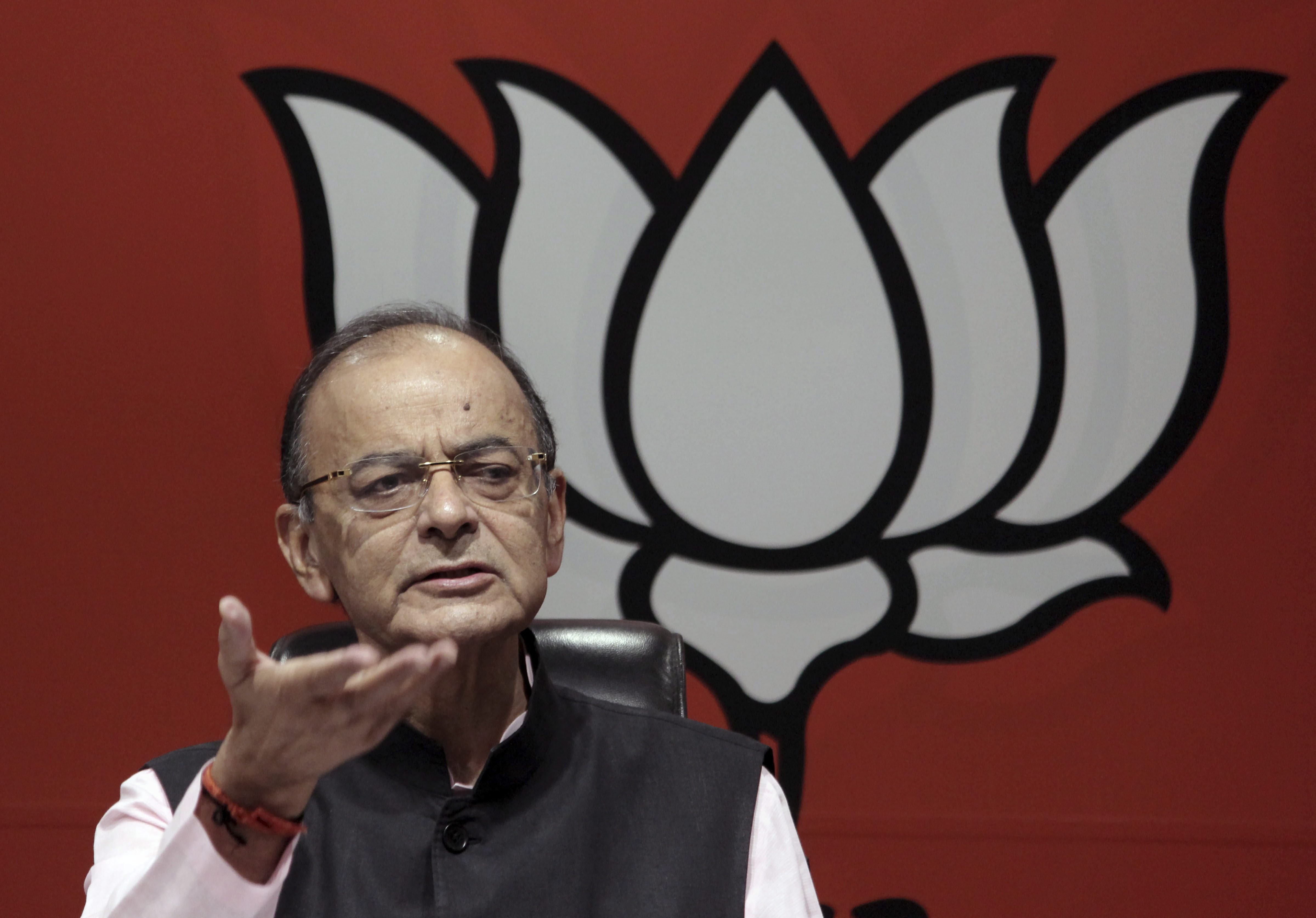 Congress manifesto: Bid to scrap sedition law and Kashmir policy become Arun Jaitley's targets