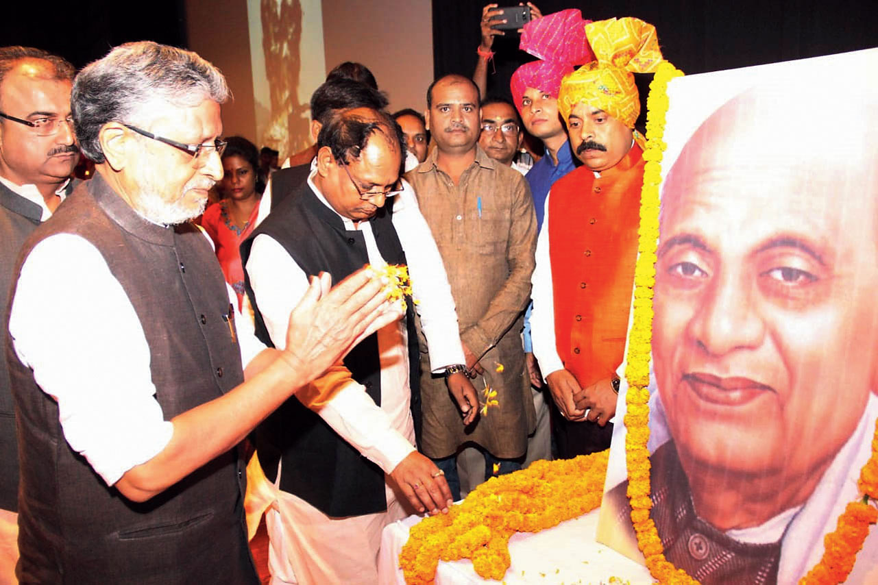 Deputy chief minister Sushil Kumar Modi pays tribute to Vallabhbhai Patel in Patna on Sunday.