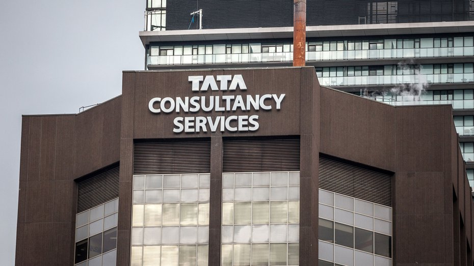 Software giant TCS will organise the country's first video-conferenced shareholders' meet on June 11 — a day before Calcutta-based DIC India (formerly Coates of India) holds its own virtual annual general meeting.