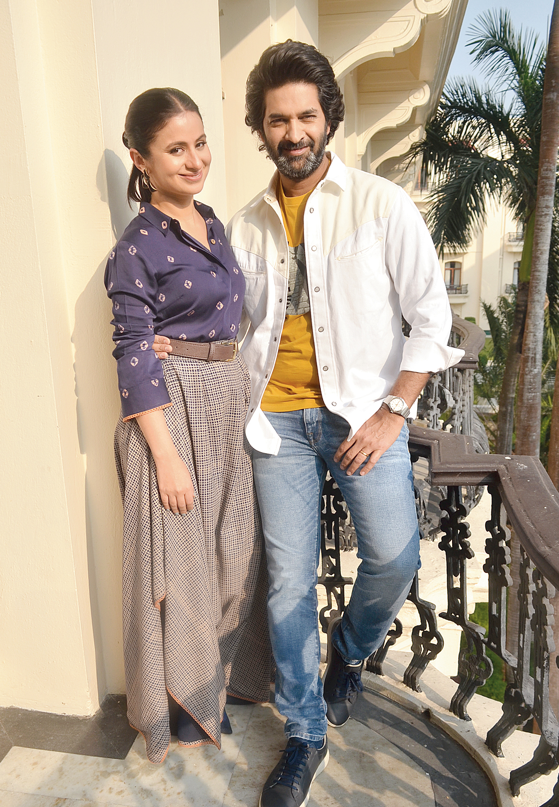 All smiles: Rasika with her Out of Love co-star Purab Kohli during the Calcutta promotions of the Hotstar show at The Oberoi Grand.