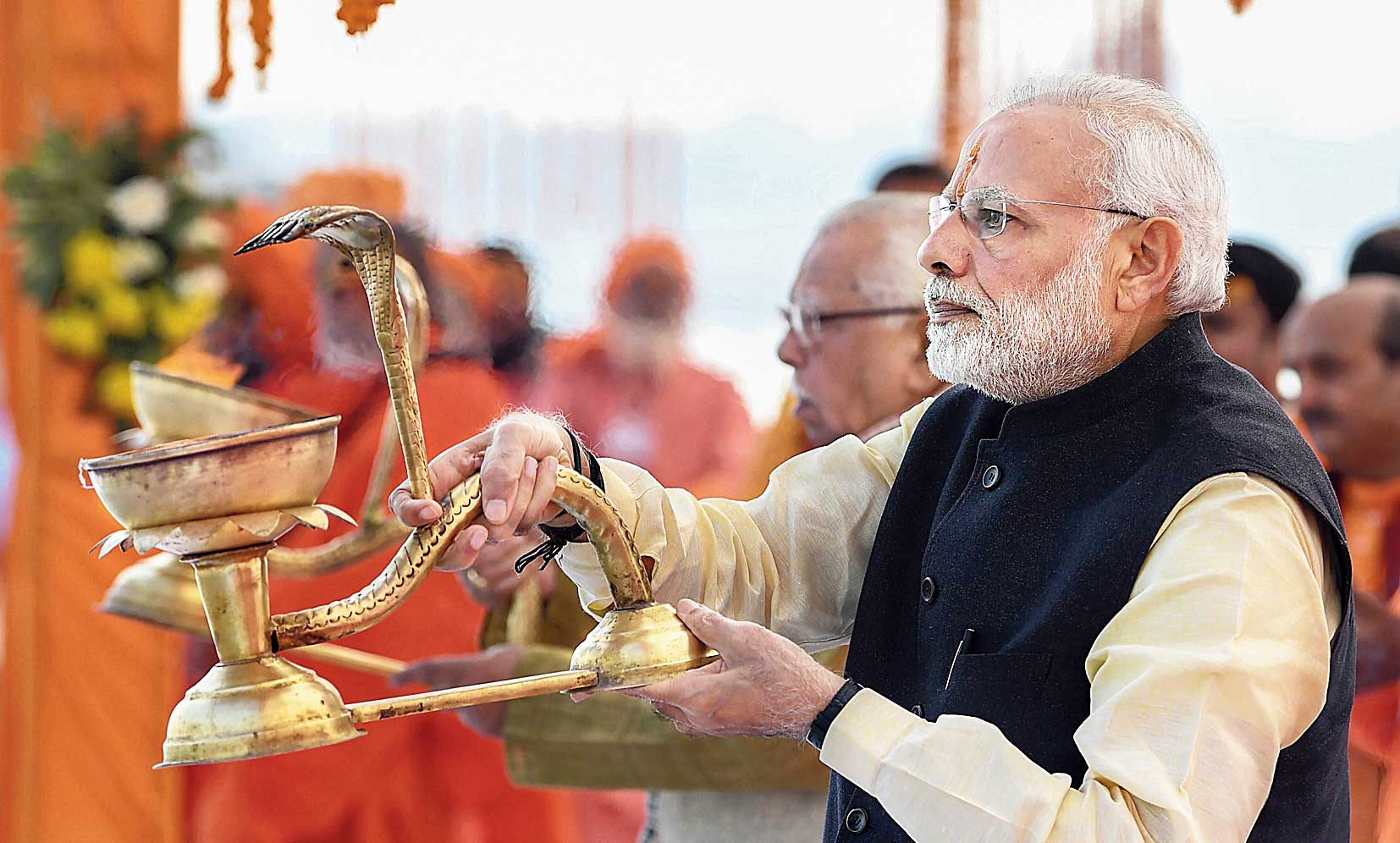Prime Minister Narendra Modi performs Ganga Aarti in Allahabad on Sunday.