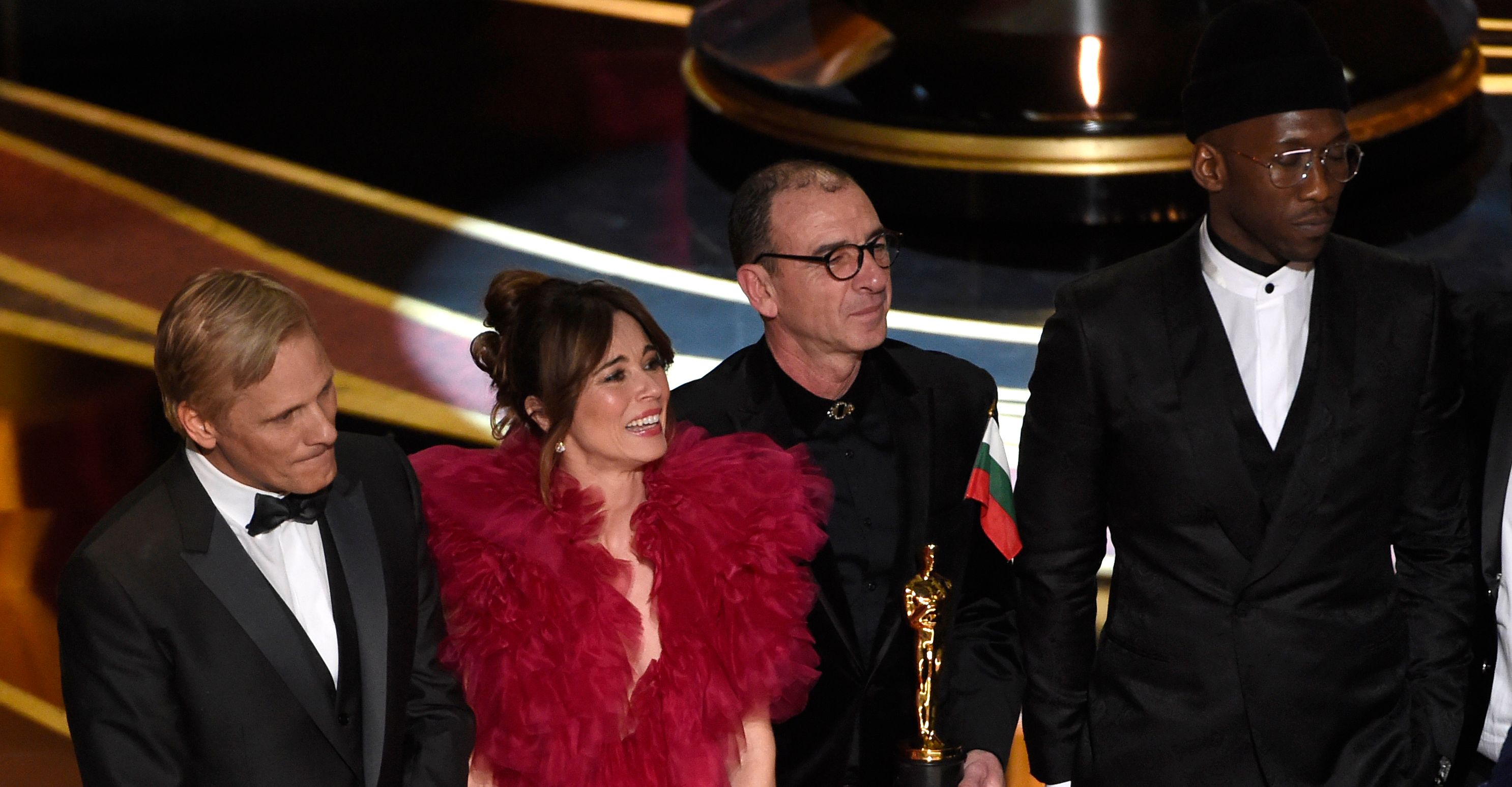 Viggo Mortensen, from left, Linda Cardellini, Dimiter Marinov and Mahershala Ali accept the award for best picture for Green Book at the Oscars at the Dolby Theatre in Los Angeles.