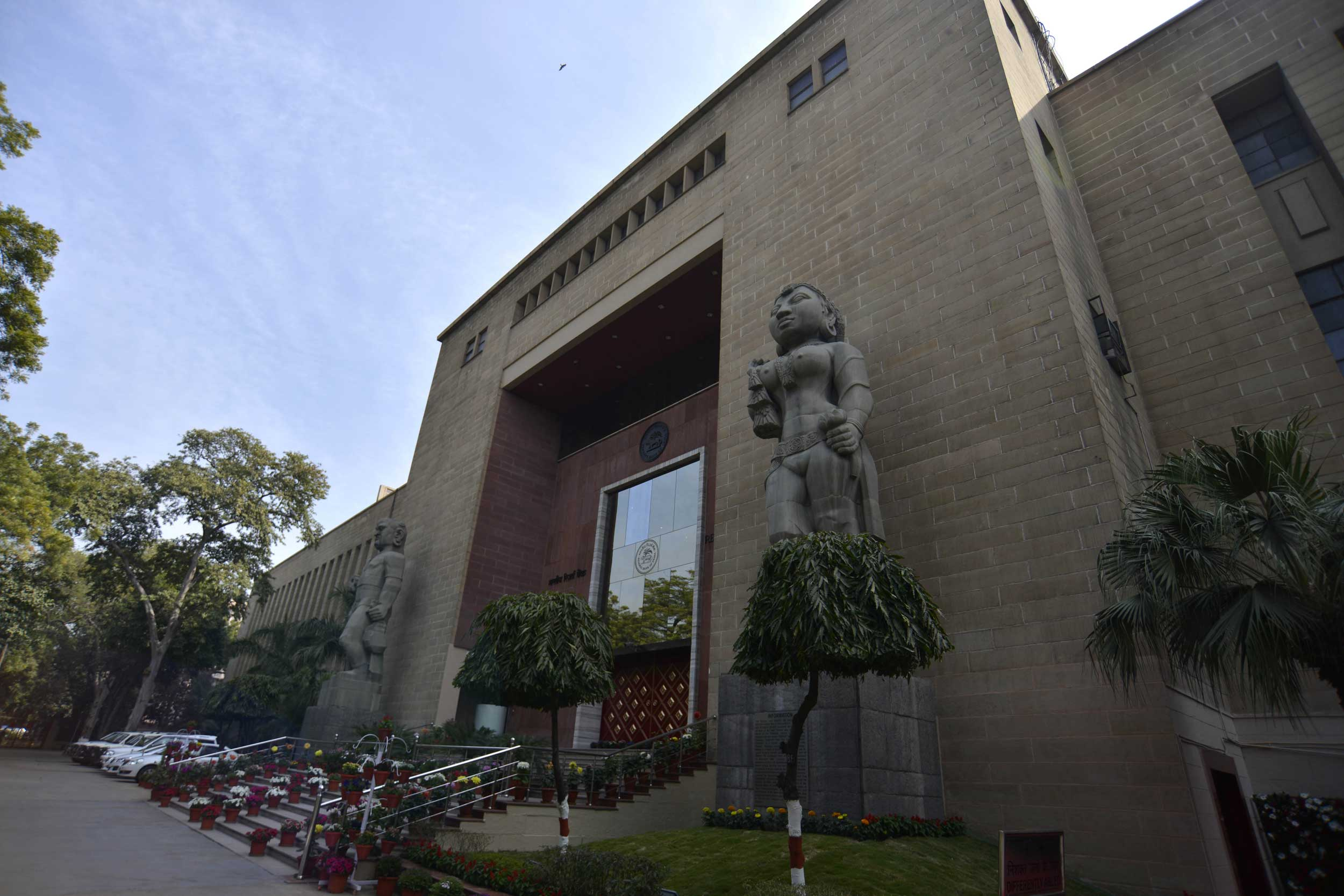 A six-member committee under former RBI governor Bimal Jalan is reviewing the economic capital framework, or the adequate level of reserves, of the RBI.