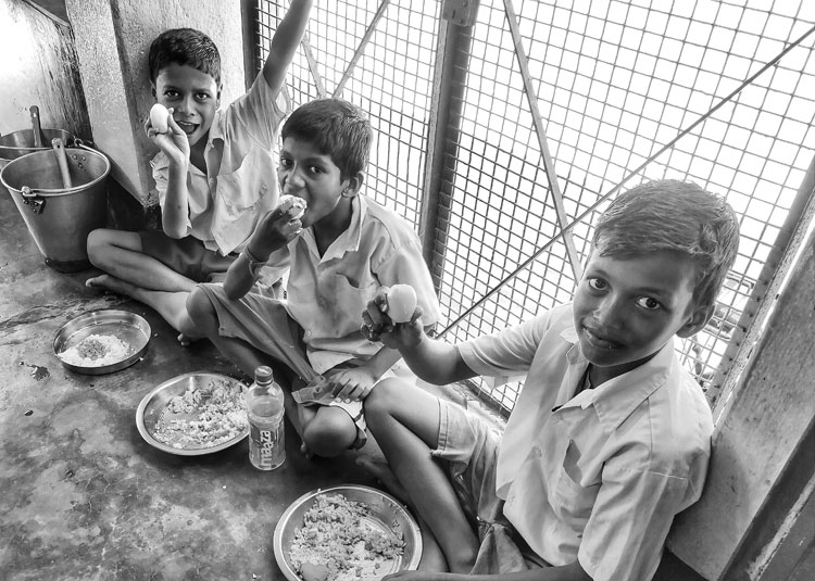According to a source, the education department on Saturday received a fresh circular from the Centre asking it to prepare a mechanism to resume midday meal services in primary schools.