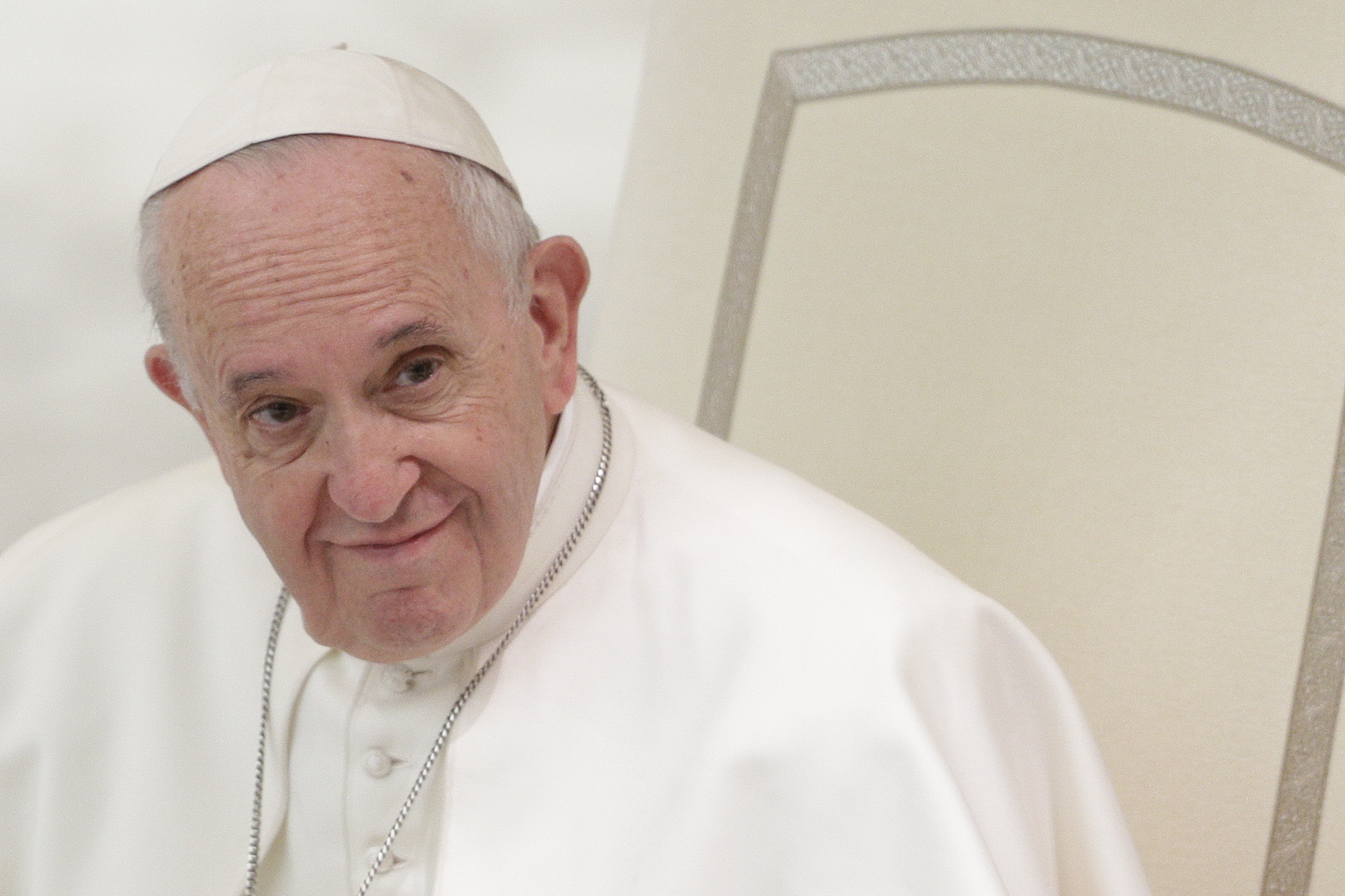 Pope mandates reporting of sex abuse claims in Vatican City