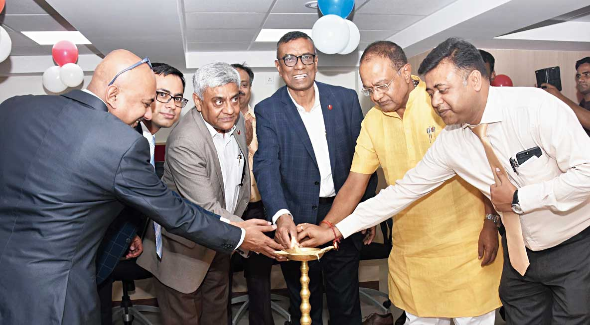 Chandra Shekhar Ghosh (centre) in Calcutta on Thursday.