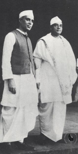 Jawaharlal Nehru with Subhas Chandra Bose (sometime before 1950)
