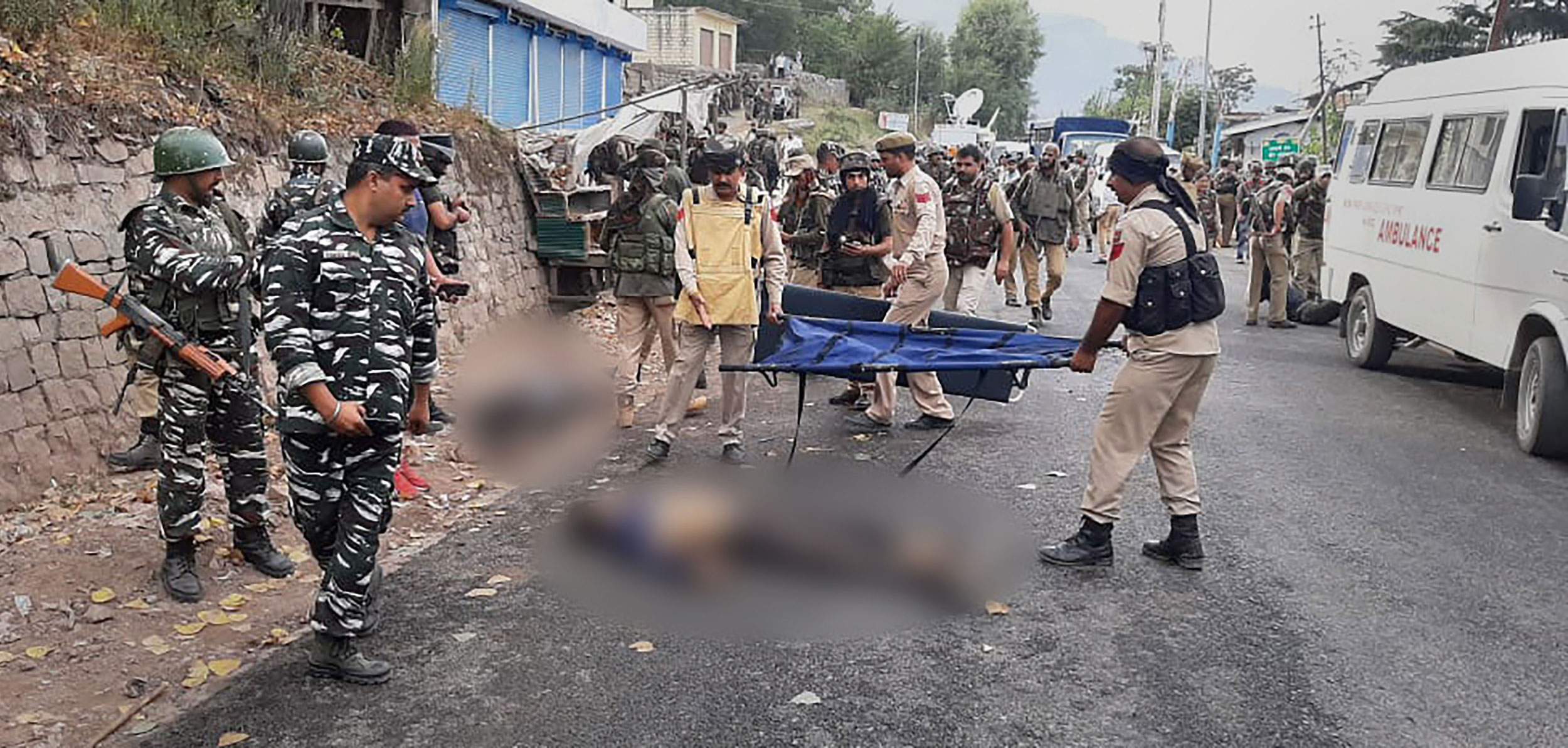 Army, CRPF and police jawans after an encounter with the terrorists at Batote in Ramban district of Jammu and Kashmir on September 28, 2019.