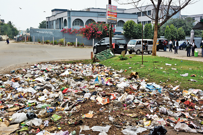 Plastic and organic waste dumped at the Kagalnagar Colony ground in Sonari, Jamshedpur, on Tuesday