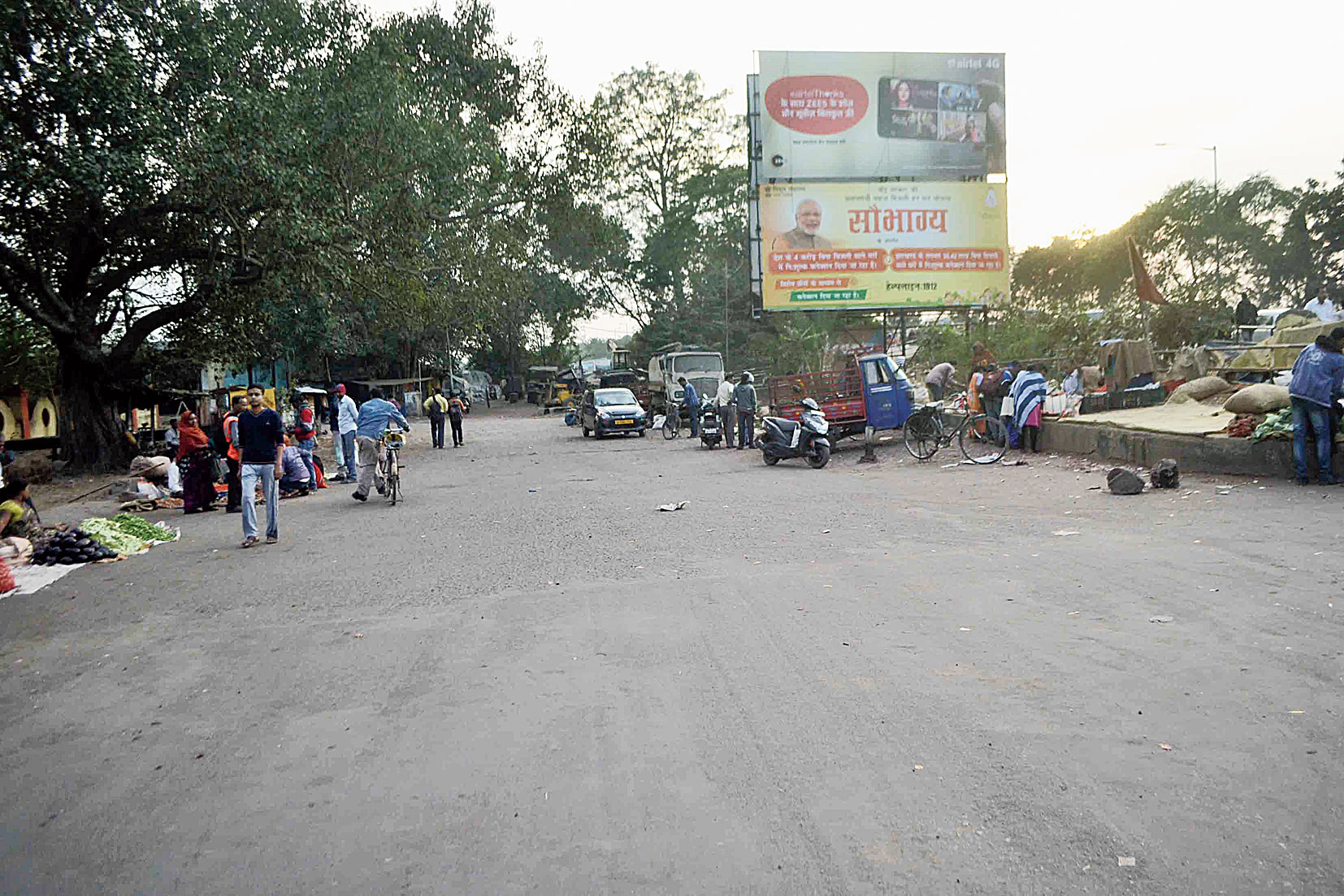 The spot on Burmamines Station Road in Jamshedpur where the gun attack took place on Saturday.