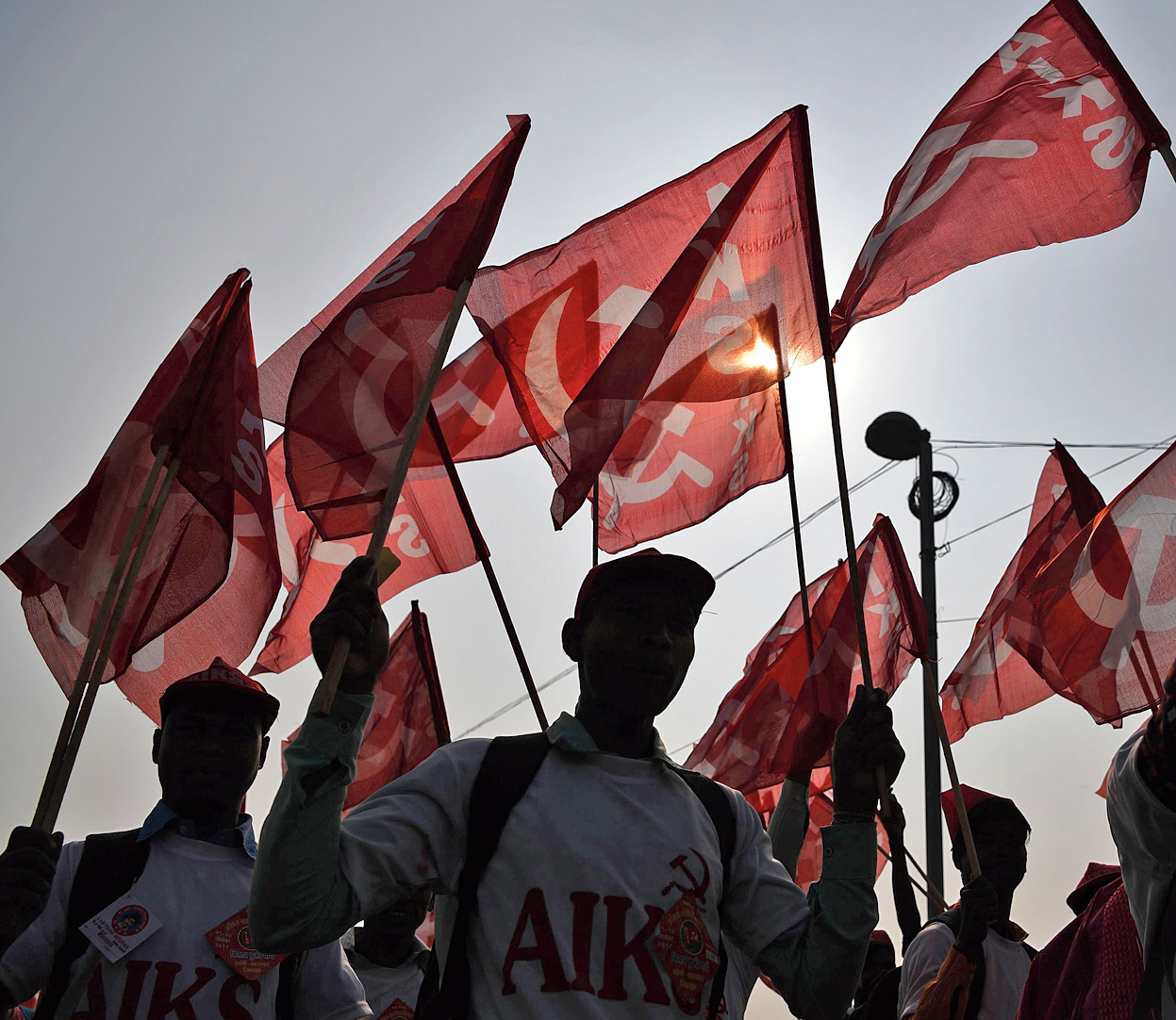 Farmers take part in a march organised by the All India Kisan Sabha and Communist Party of India (Marxist) along with other leftist groups in New Delhi on November 29, 2018, calling for pro-farmer legislation in Parliament.