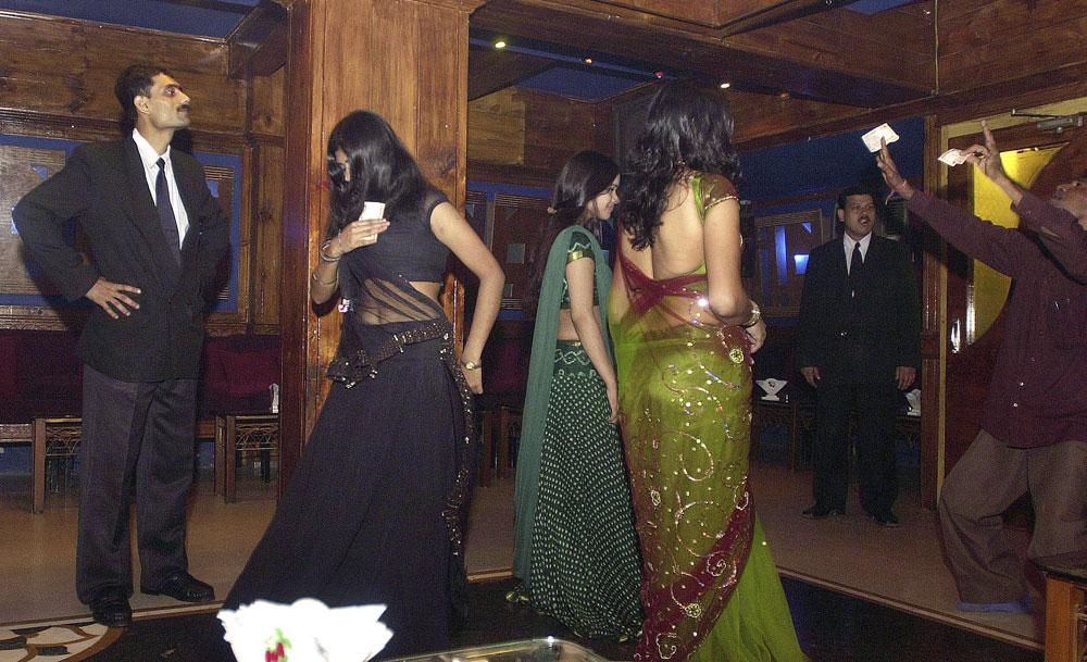 Mumbai's dance bars: Coconut mein morals milaake