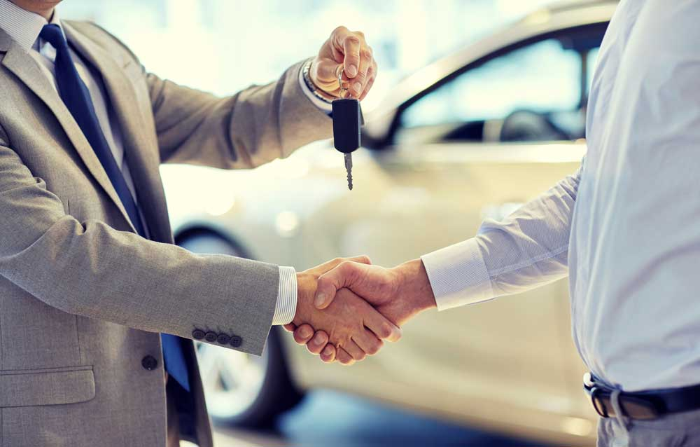 Dealerships have also started operating according to the protocol issued by each of the companies maintaining social distancing and hygiene.