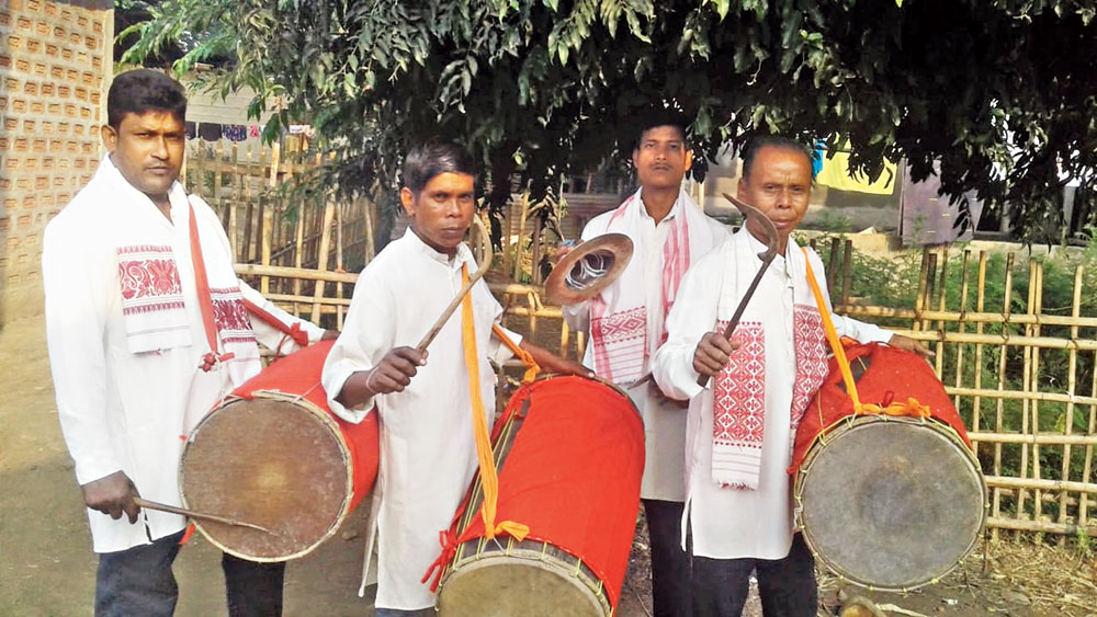 The Kamrupiya dhulias