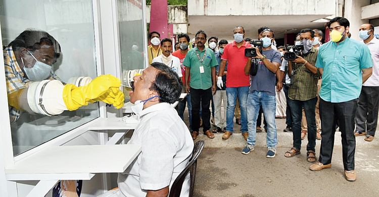 A walk-in throat swab collection kiosk at the Government Medical College at Kalamassery in Ernakulam, Kerala.