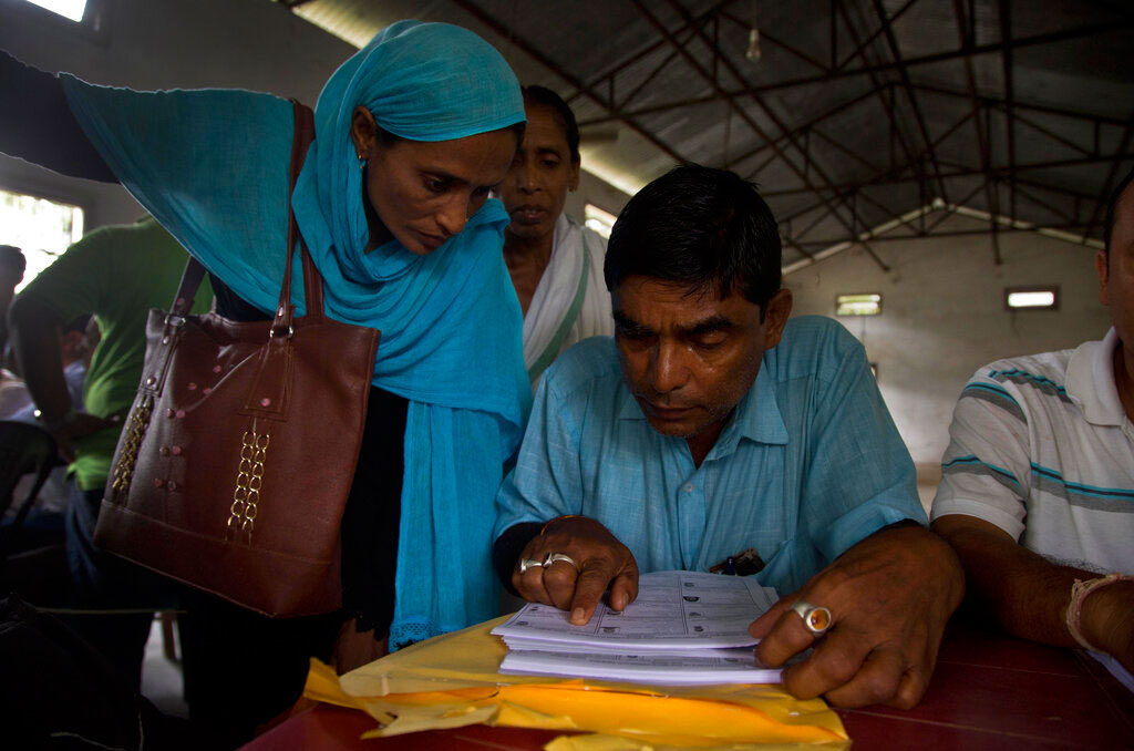 The fear of losing citizenship runs high in Nadia as the district had witnessed a huge influx during the 1980s, particularly in areas close to the Bangladesh border such as Chapra, Krishnaganj, Karimpur and Nakashipara.