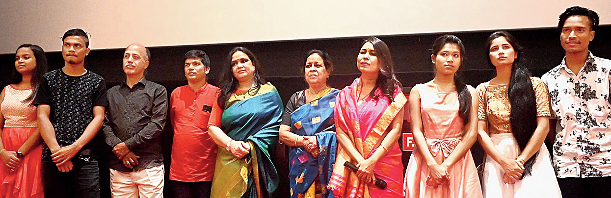 Rima Das along with the Bulbul Can Sing team.