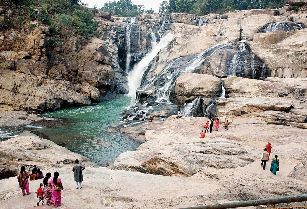 Save nature: Plastic or thermocol plates and cups are banned at Dassam Falls, 40km from capital Ranchi