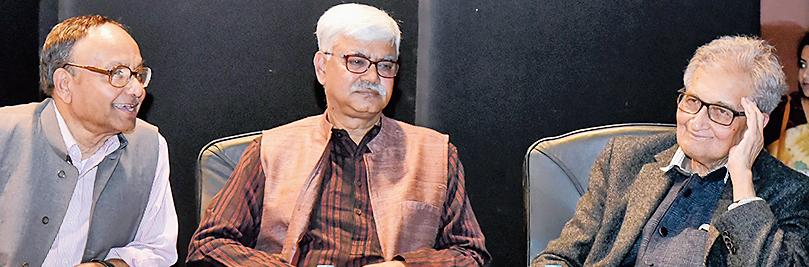 (From left) Pranab Bardhan, Visva-Bharati vice-chancellor Bidyut Chakrabarty and Amartya Sen at the Bangladesh Bhavan auditorium in Santiniketan.
