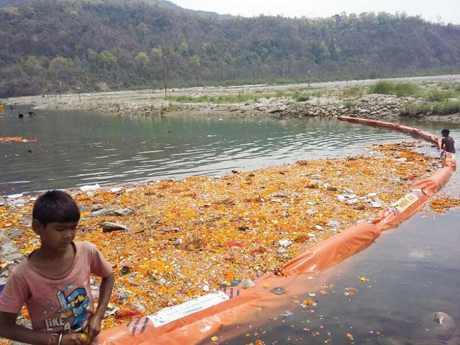 Indi-genius: Agastya Bouyant's Trash Boom collects plastic trash