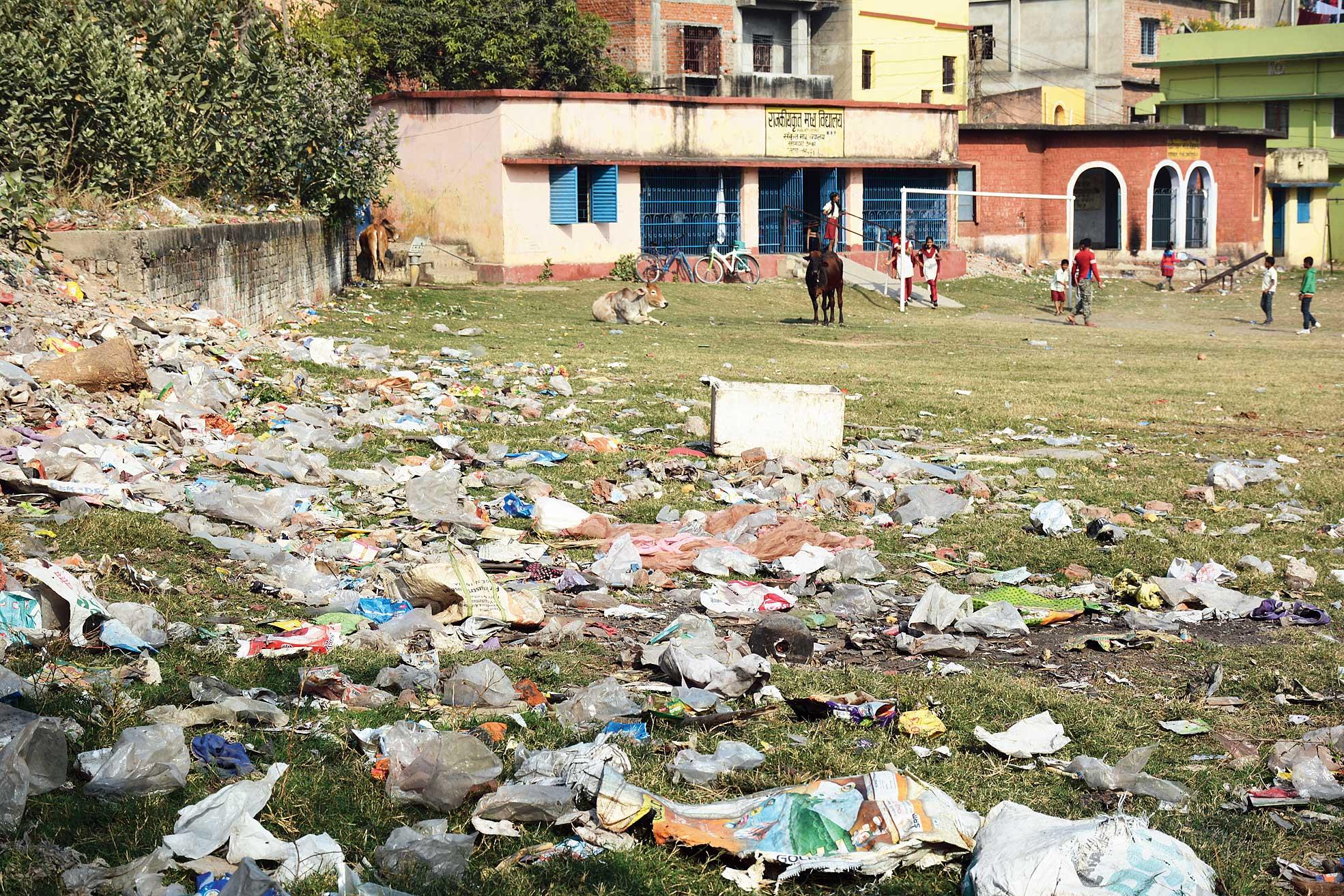 Garbage strewn near Rajkiyakrit Madhya Vidyalaya in Telco, Jamshedpur, last week.