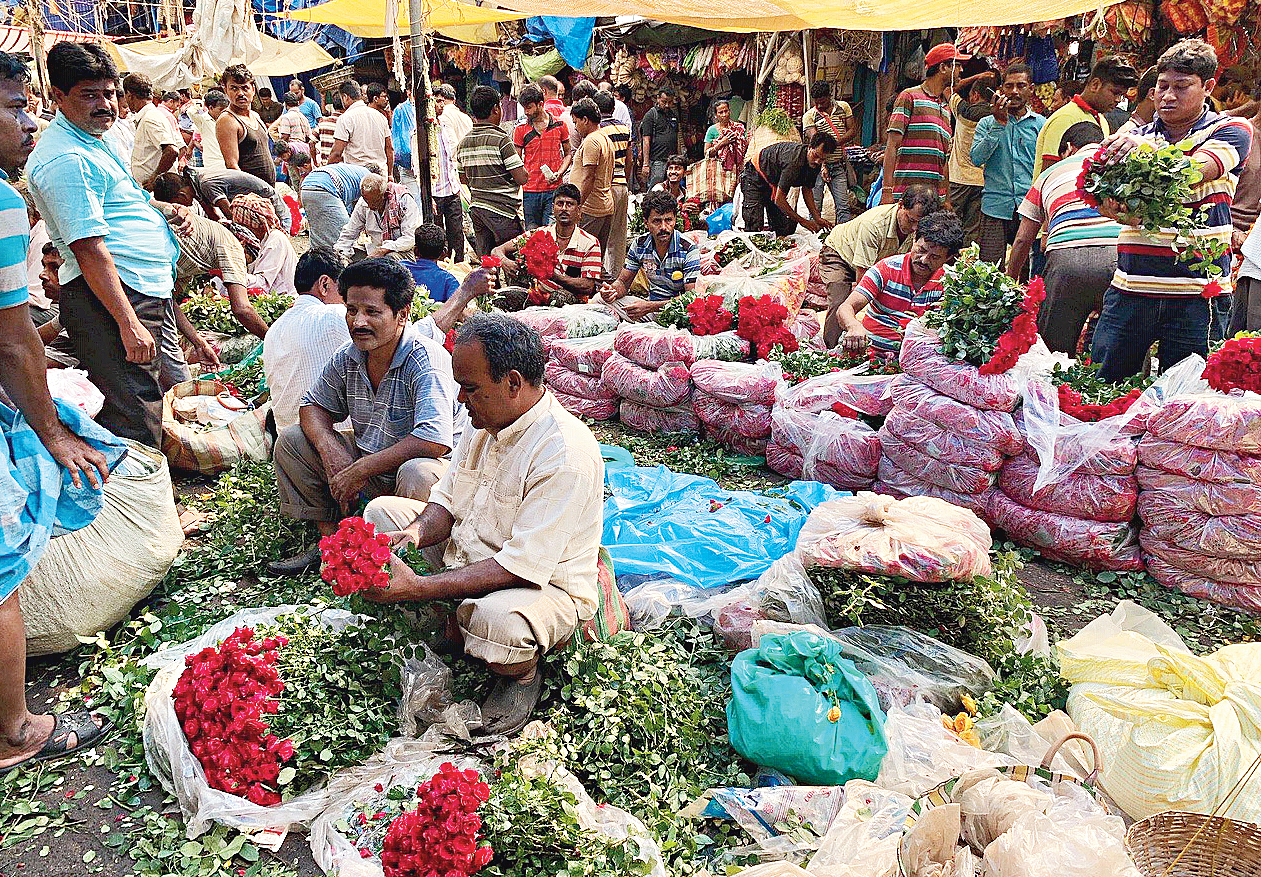 Mullickghat flower market clicked by Christine Ford