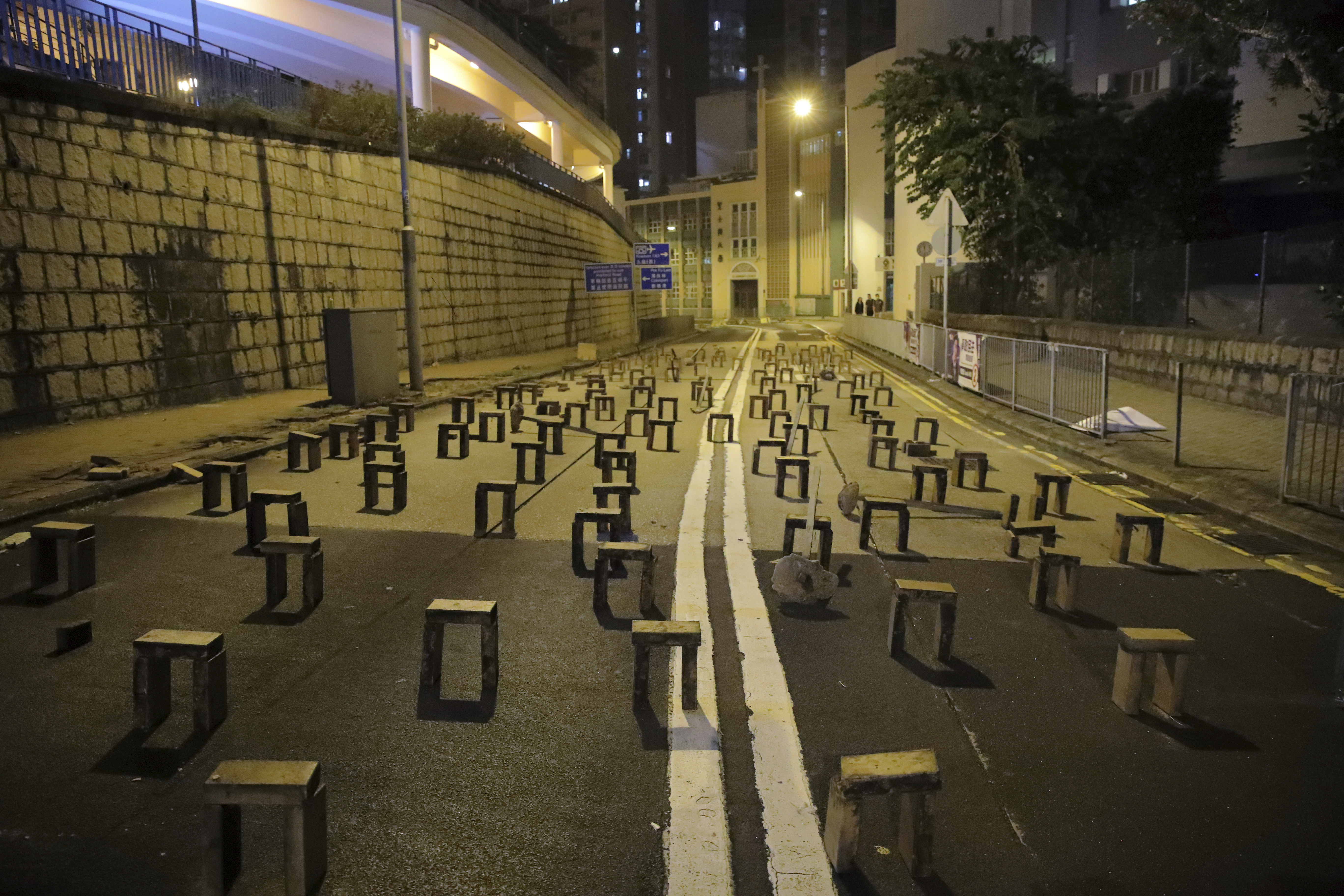Hong Kong universities turn into battlegrounds