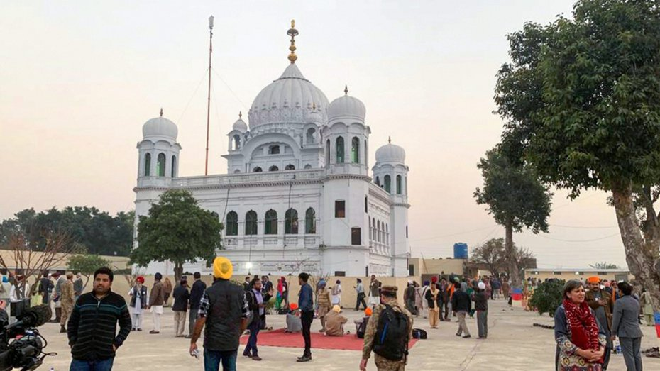 Sikh pilgrims visit the shrine of their spiritual leader Guru Nanak Dev in Kartarpur, Pakistan, on November 28, 2018.