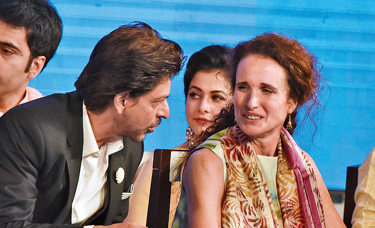 Andie MacDowell with Shah Rukh Khan at the inauguration of KIFF.