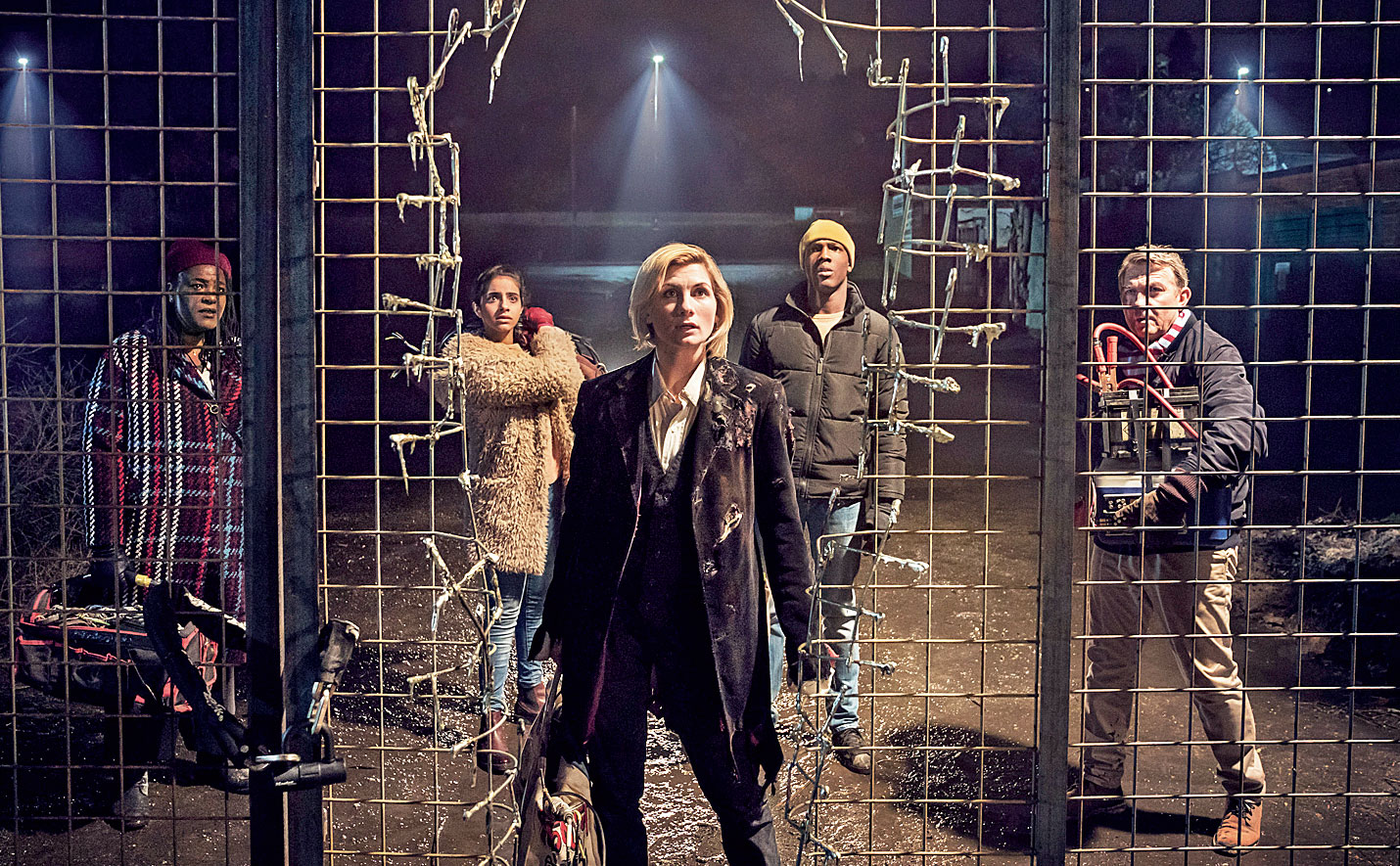 Grace, Yaz, The Doctor, Ryan and Graham in the first episode