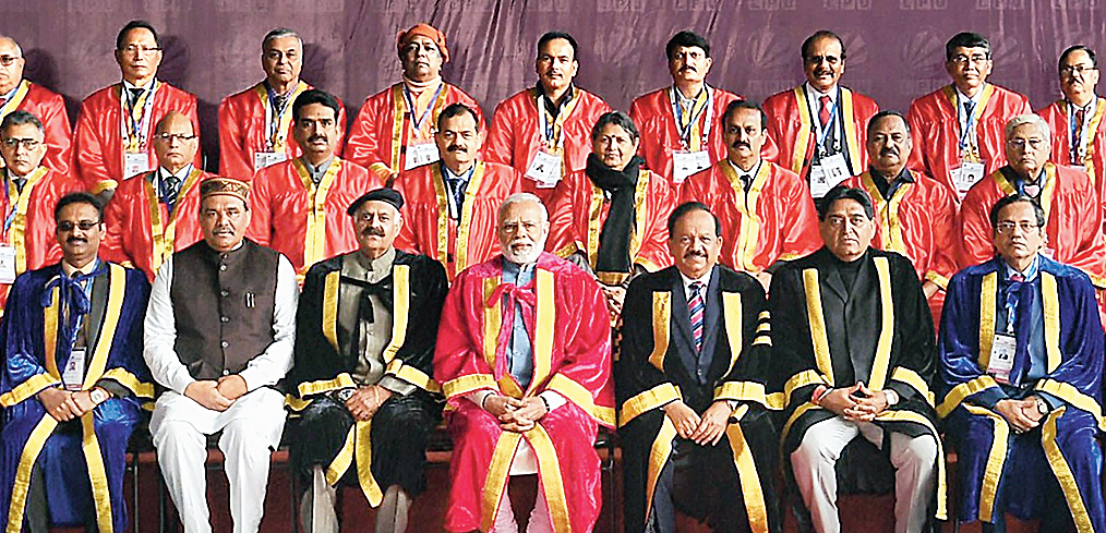 A group photograph during the 106th session of the Indian Science Congress in Jalandhar on Thursday.