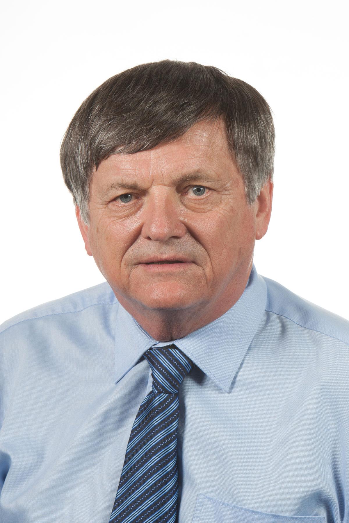Dr Phil Jauncey
