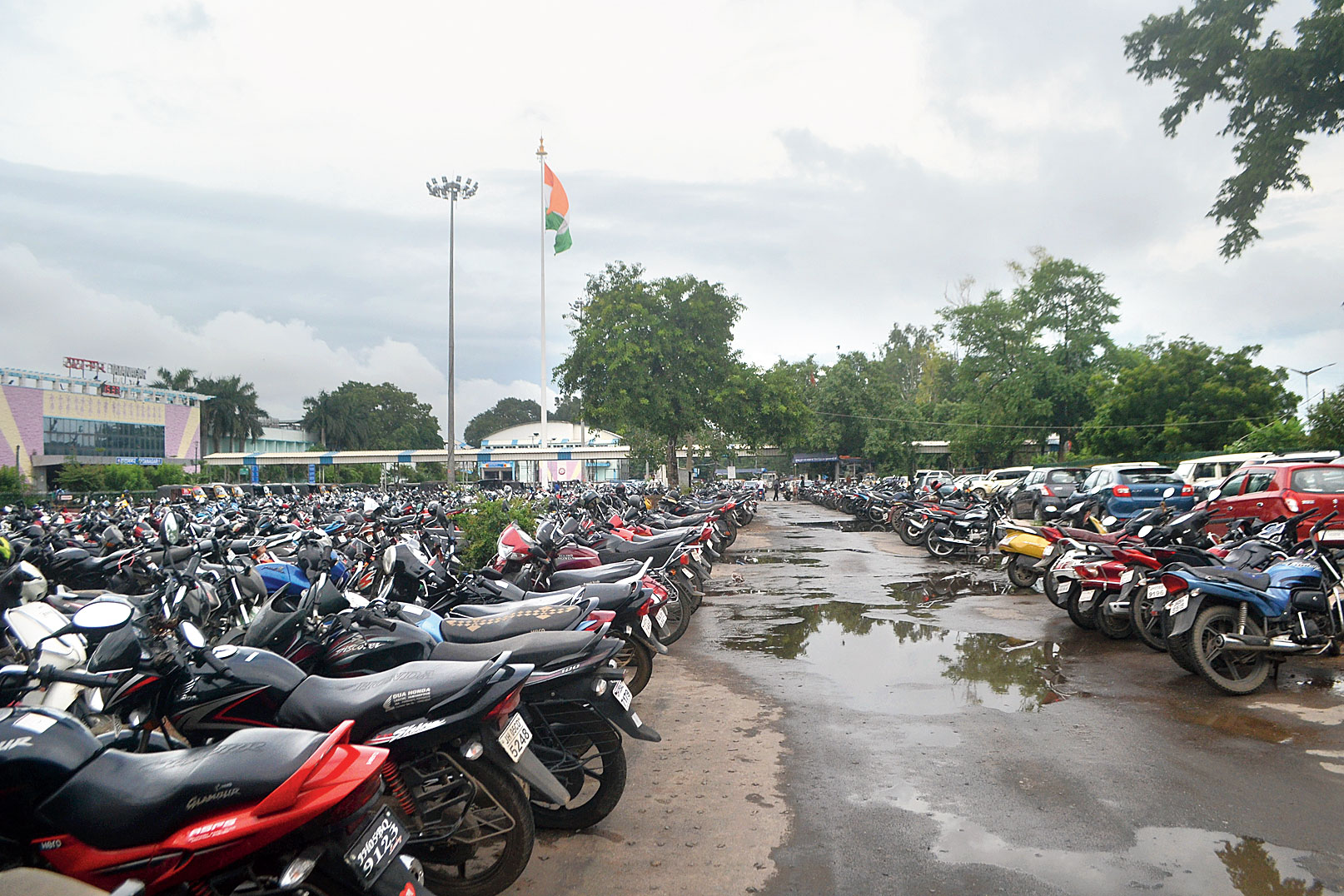Legally parked vehicles in front of Tatanagar on Tuesday.