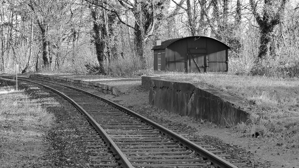 Settings: The rail track my grandfather built