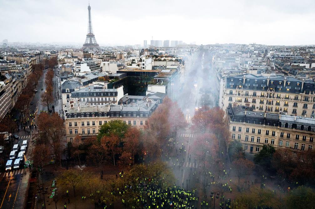 Reforms ignite riots in Paris