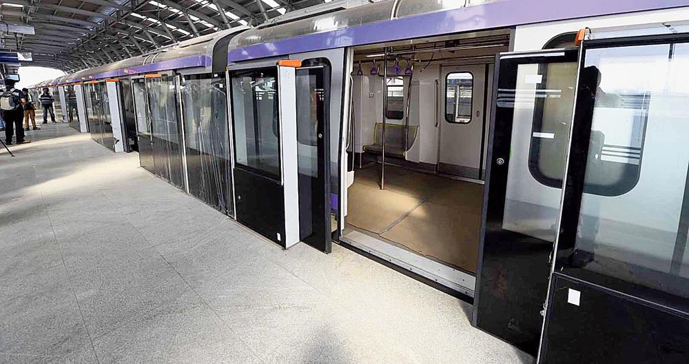 Platform screen doors at Karunamoyee station of the East-West Metro