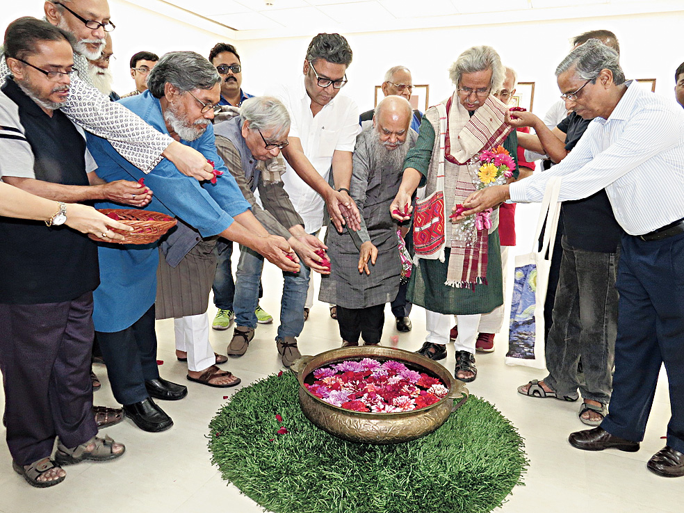 Art gallery opens with Bengal masters
