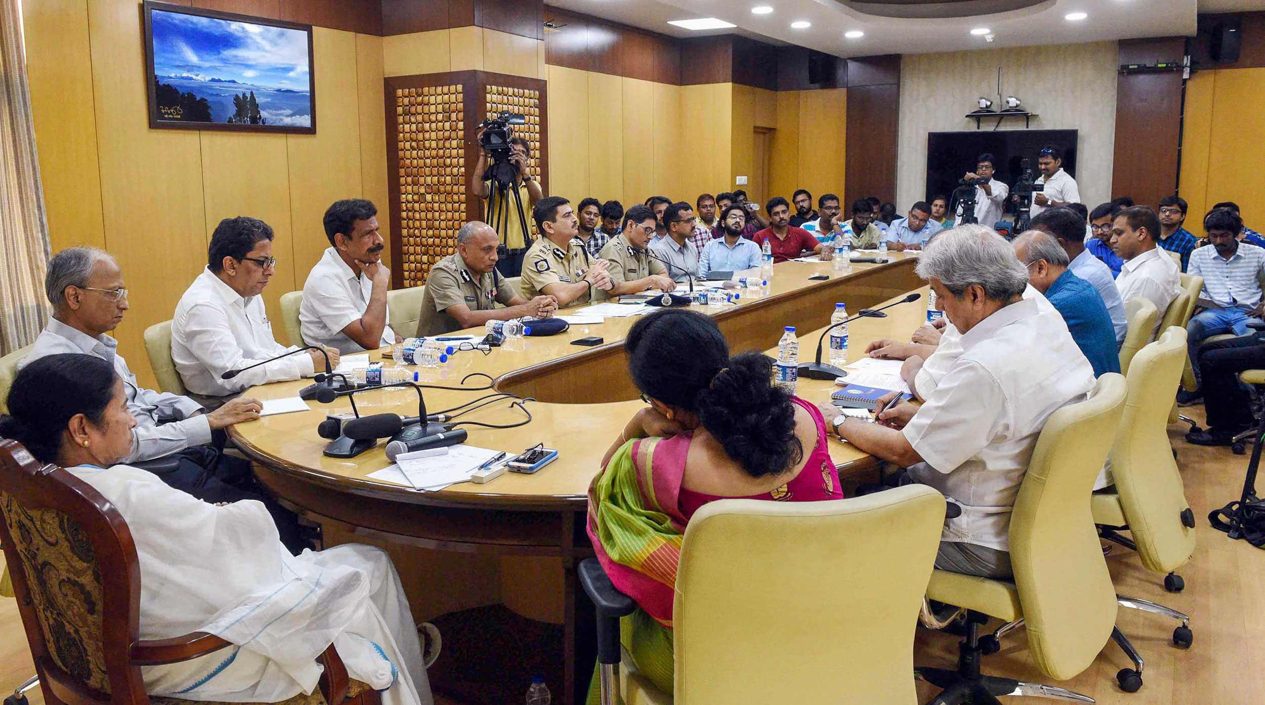 Bengal chief minister Mamata Banerjee conducts a meeting with junior doctors and officials in Howrah on June 17, 2019.
