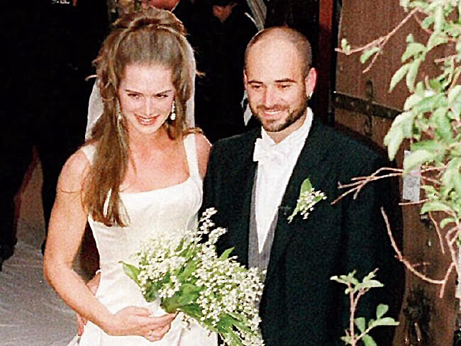 Marries Brooke Shields in 1997 but his tennis career falls off the top 100. They divorce two years later. He admits to having taken the recreational drug crystal meth, years later.