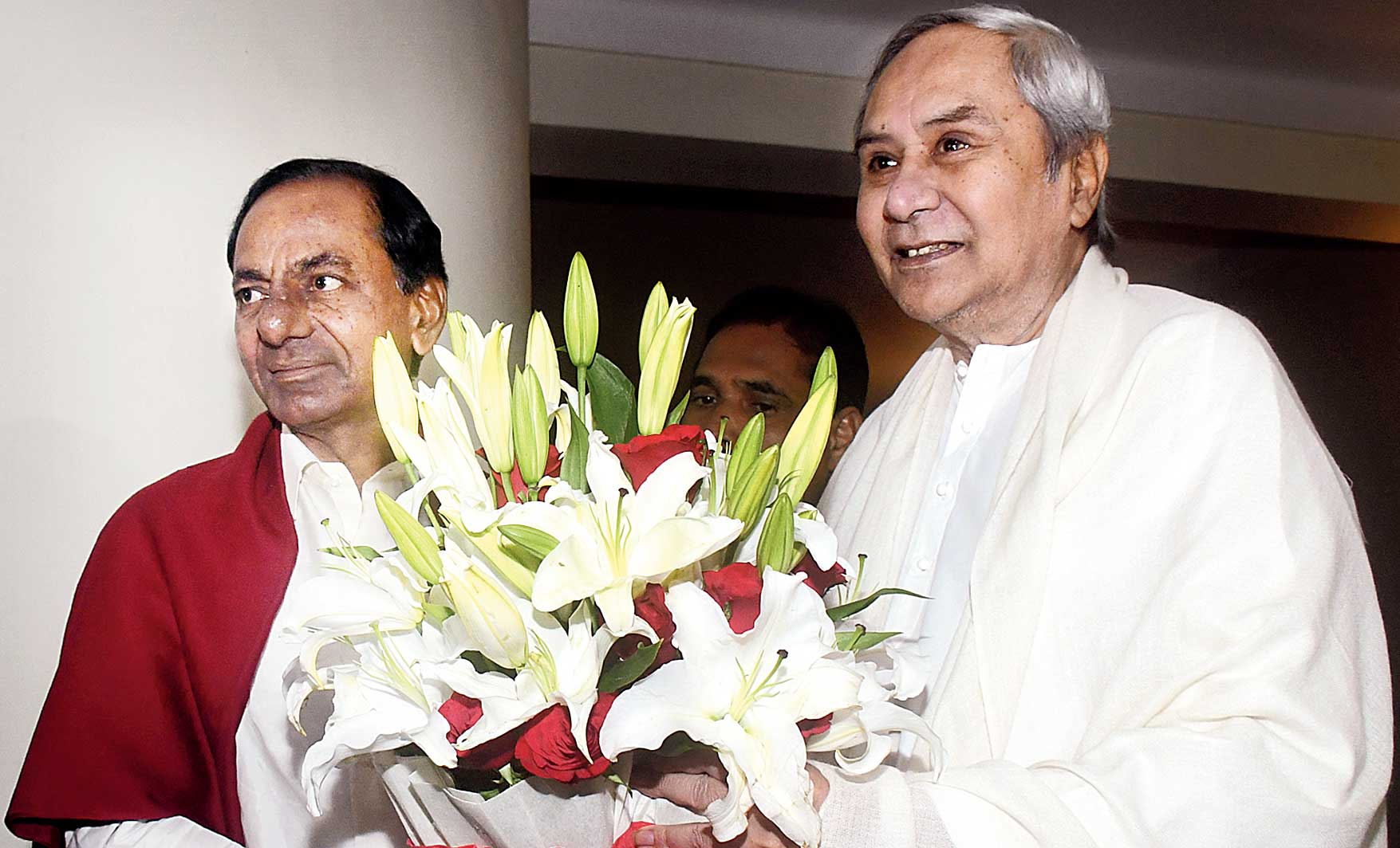 K Chandrasekhar Rao and Naveen Patnaik (right) in Bhubaneswar on Sunday