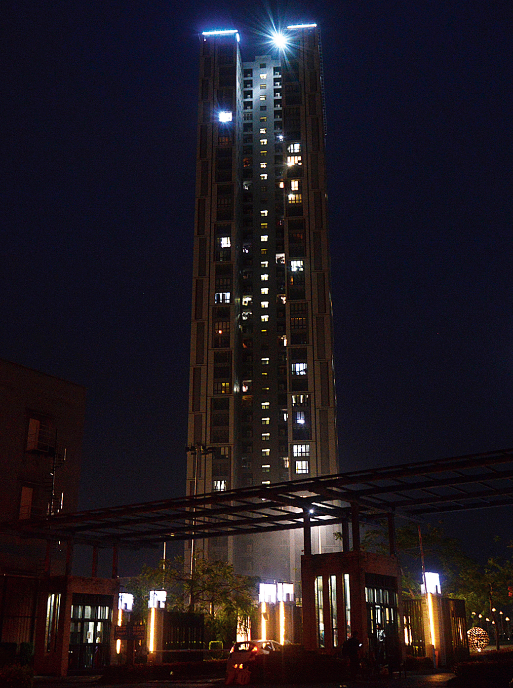Urbana, the city's tallest residential complex.