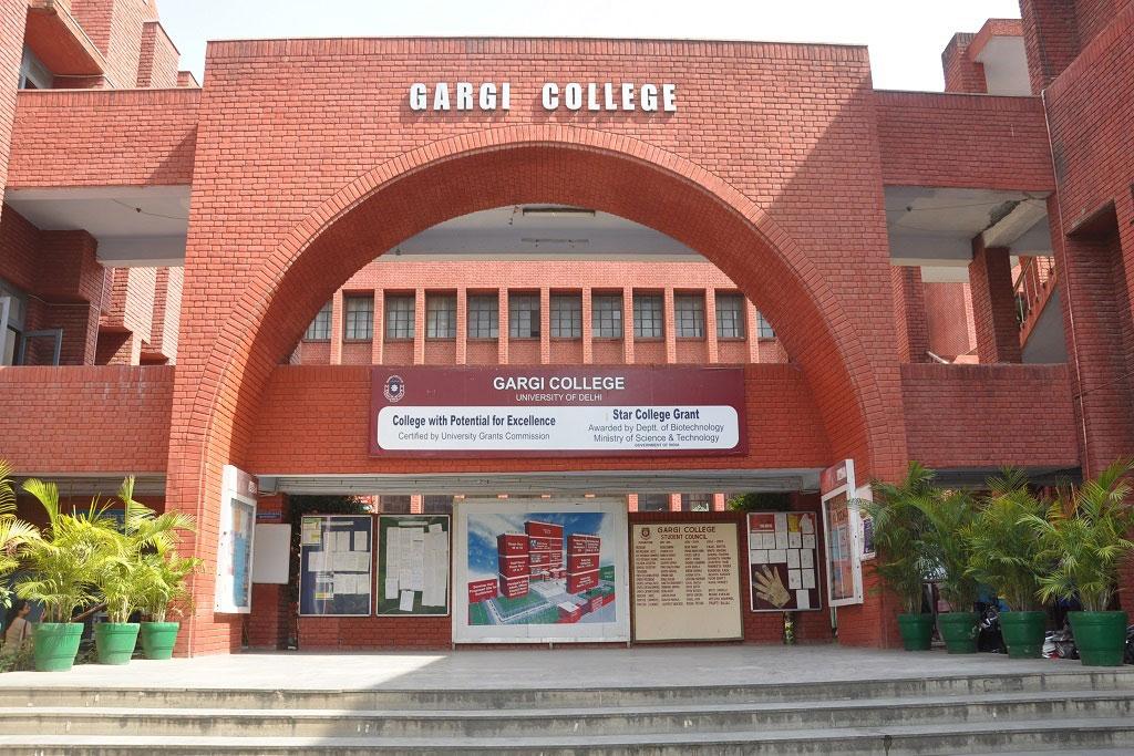 'Molest' cry at Delhi campus fest