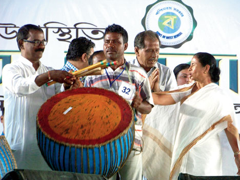 Mamata, Naidu pitch for all regional parties to come together